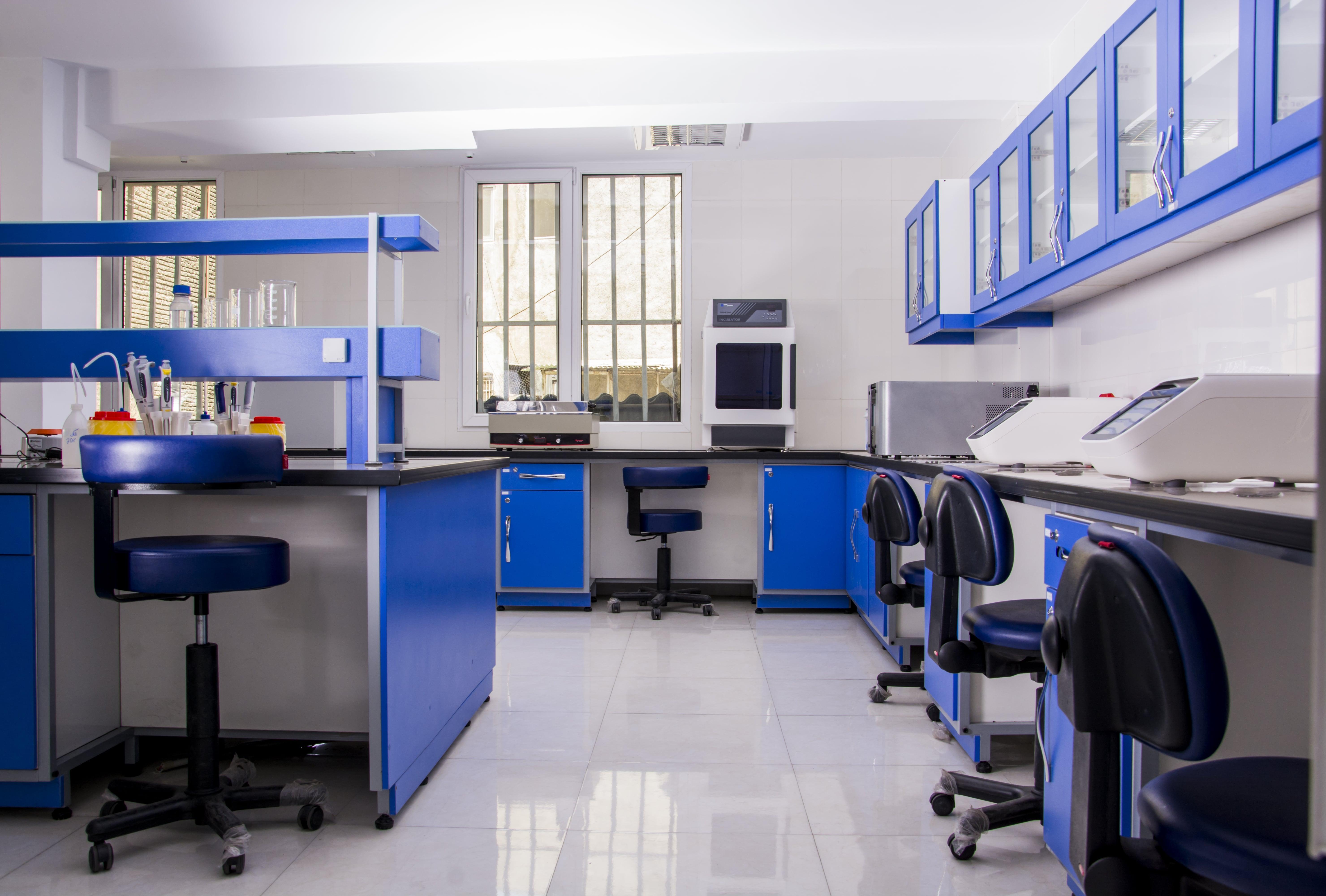 آزمایشگاه ژنتیک
